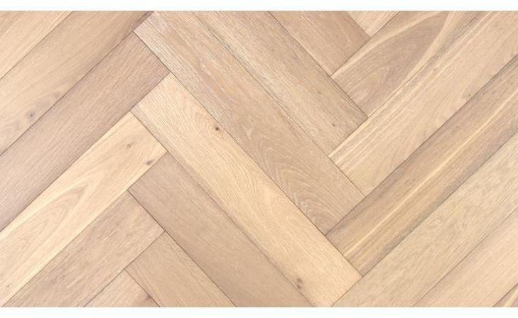 How to Clean a really grubby dirty Brushed and UV Oiled Oak Floor with one of our maintenance kits