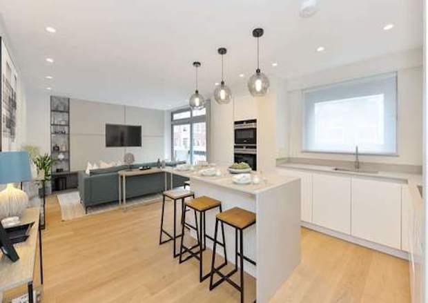 American walnut flooring in Canary Wharf Developments