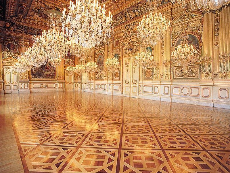 Versailles Parquet Panels in Lyon City Hall