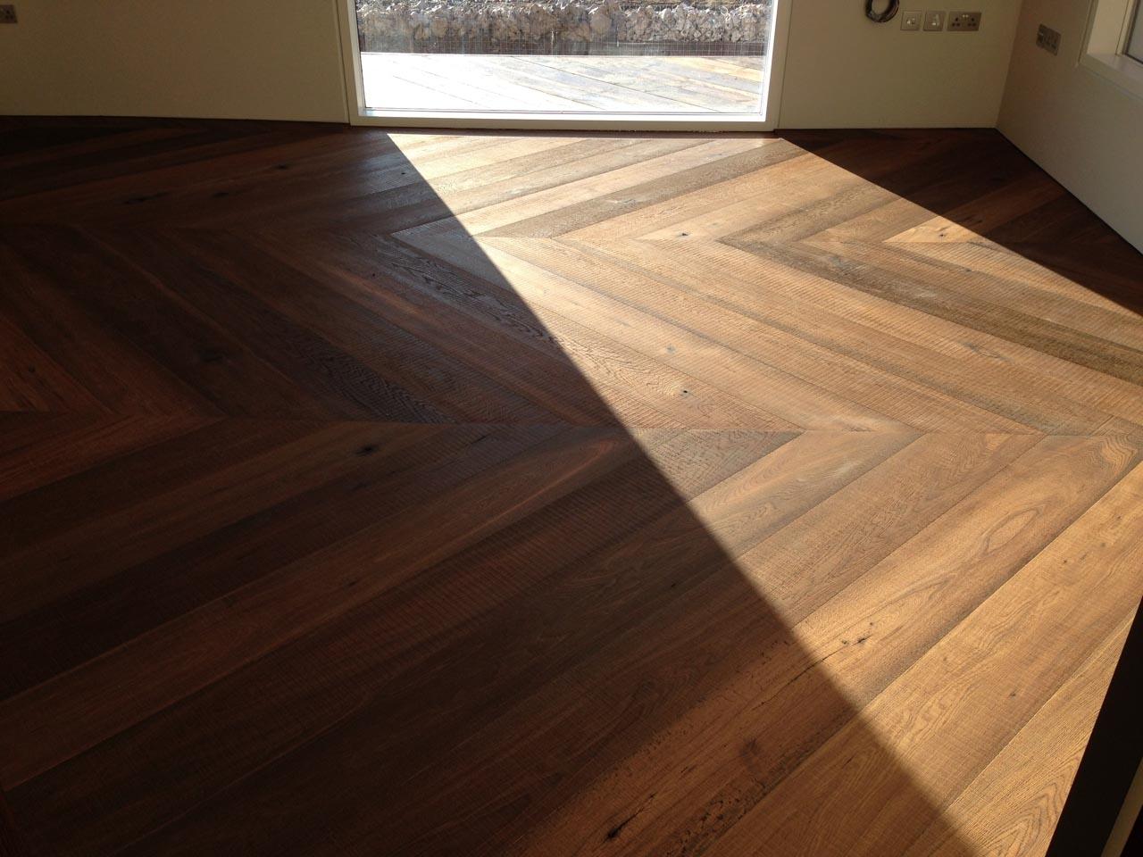 Cross-Sawn Oak in a Modern Home