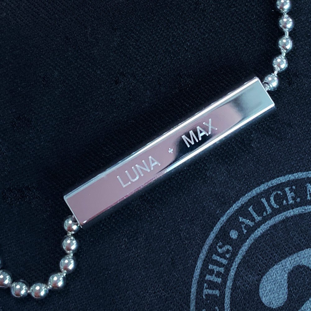Complimentary engraving on all jewellery that has 'Engrave Me' written on it. Enjoy creating your story!