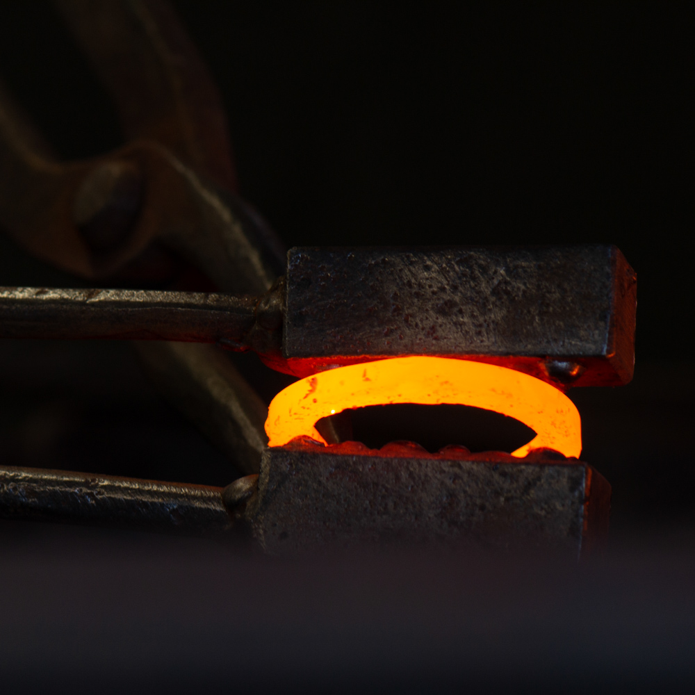 The forging collection is formed using a combination of hot and cold forging methods, drawing on traditional blacksmithing techniques dating back to as early as 1500BC.