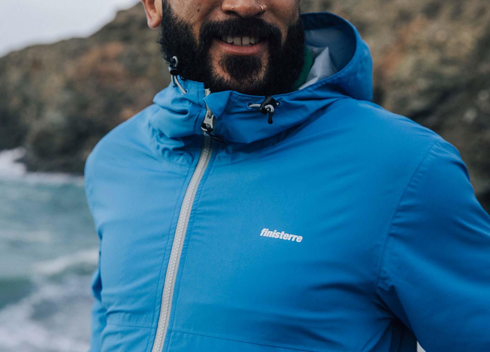 Fully waterproof aquaguard zip keeps water out from the Rainbird waterproof jacket.