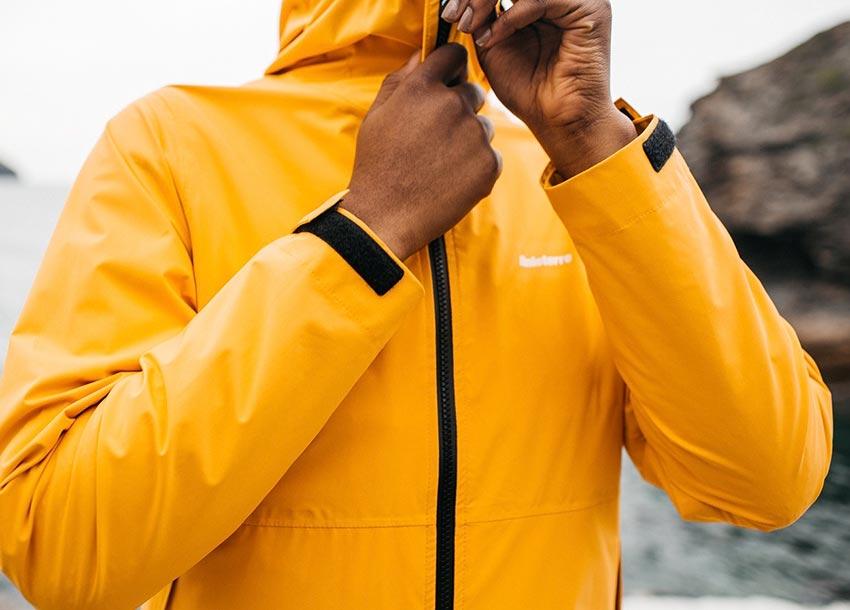 Fully waterproof Aquaguard® zip keeps water out from the Rainbird waterproof jacket.