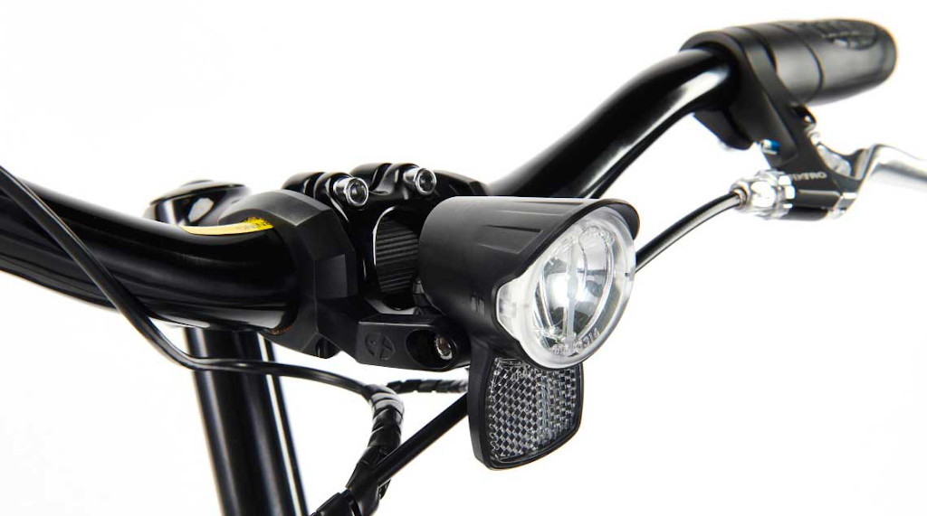 SwiftyONE-e Electric Scooter includes lights, reflectors, mudguards and bell