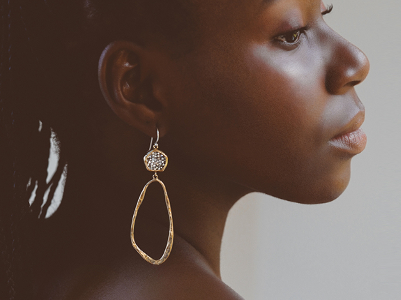 collections/Earrings_DT_1.png